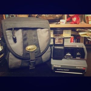 Vintage Polaroid Impulse 600 Camera, Gray, W/ Case